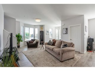 Photo 8: 21 20723 FRASER Highway in Langley: Langley City Townhouse for sale : MLS®# R2398005