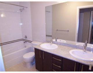 """Photo 5: 401 7339 MACPHERSON Avenue in Burnaby: Metrotown Condo for sale in """"CADENCE"""" (Burnaby South)  : MLS®# V793973"""