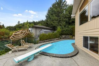 """Photo 29: 510 CRAIGMOHR Drive in West Vancouver: Glenmore House for sale in """"Glenmore"""" : MLS®# R2617145"""