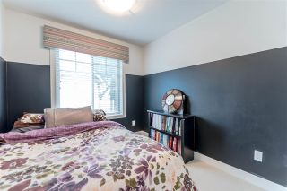 """Photo 15: 16 1708 KING GEORGE Boulevard in Surrey: King George Corridor Townhouse for sale in """"George"""" (South Surrey White Rock)  : MLS®# R2229813"""