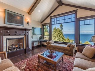 Photo 7: 5476 Bayshore Dr in : Na North Nanaimo House for sale (Nanaimo)  : MLS®# 882283