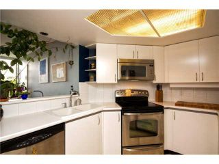 "Photo 5: # 301 408 LONSDALE AV in North Vancouver: Lower Lonsdale Condo for sale in ""The Monaco"" : MLS®# V1003928"