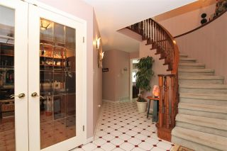 Photo 3: 20498 124A AVENUE in Maple Ridge: Northwest Maple Ridge House for sale : MLS®# R2284229