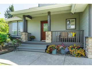 """Photo 5: 16648 62A Avenue in Surrey: Cloverdale BC House for sale in """"West Cloverdale"""" (Cloverdale)  : MLS®# R2477530"""
