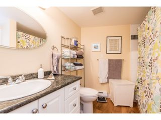 """Photo 6: 611 15111 RUSSELL Avenue: White Rock Condo for sale in """"Pacific Terrace"""" (South Surrey White Rock)  : MLS®# R2204844"""