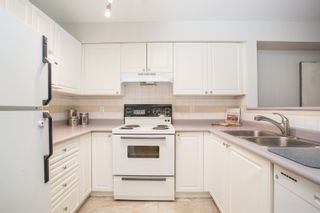 "Photo 6: 208 228 E 18TH Avenue in Vancouver: Main Condo for sale in ""Newport on Main"" (Vancouver East)  : MLS®# R2401458"