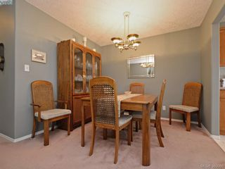 Photo 5: 63 Salmon Crt in VICTORIA: VR Glentana Manufactured Home for sale (View Royal)  : MLS®# 783796