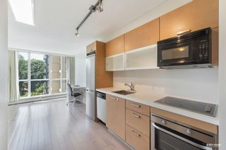 """Photo 12: 407 10777 UNIVERSITY Drive in Surrey: Whalley Condo for sale in """"City Point"""" (North Surrey)  : MLS®# R2599755"""