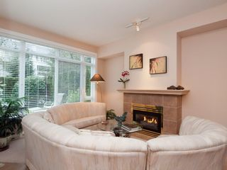 """Photo 10: 105 3600 WINDCREST Drive in North Vancouver: Roche Point Townhouse for sale in """"WINDSONG"""" : MLS®# V932458"""