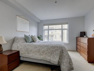 Photo 12: 102 1510 Hillside Ave in Victoria: Vi Oaklands Row/Townhouse for sale : MLS®# 874175