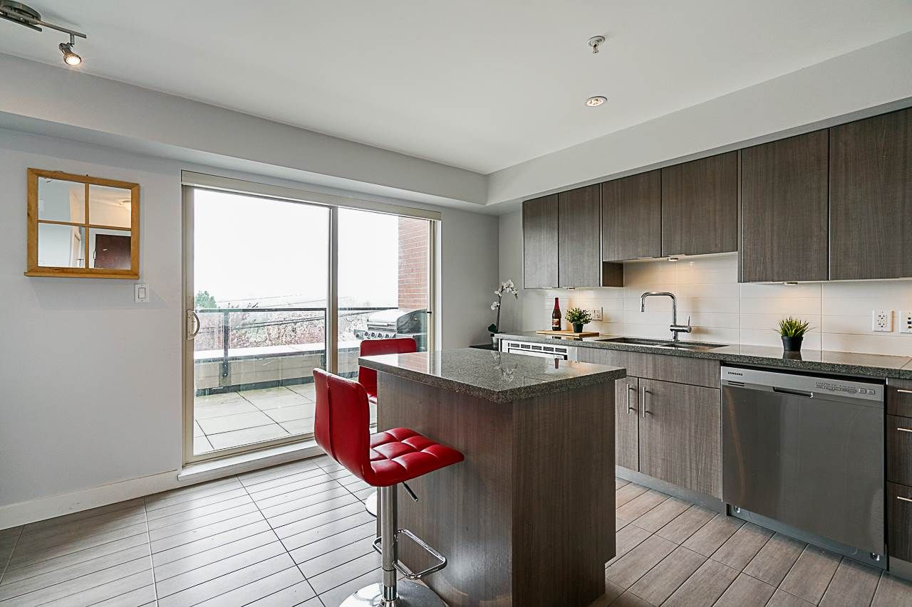 """Main Photo: 102 5688 HASTINGS Street in Burnaby: Capitol Hill BN Condo for sale in """"Oro"""" (Burnaby North)  : MLS®# R2463254"""