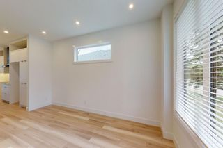 Photo 2: 2420 53 Avenue SW in Calgary: North Glenmore Park Detached for sale : MLS®# A1142922