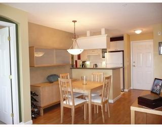 """Photo 4: 302 5600 ANDREWS Road in Richmond: Steveston South Condo for sale in """"THE LAGOONS"""" : MLS®# V727206"""