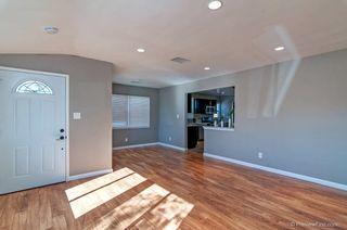 Photo 5: LA MESA House for sale : 3 bedrooms : 8716 Dallas Street