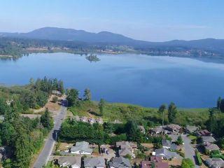 Photo 2: 5883 Indian Rd in DUNCAN: Du East Duncan House for sale (Duncan)  : MLS®# 796168