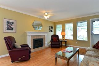 """Photo 5: 115 14220 19A Avenue in Surrey: Sunnyside Park Surrey Townhouse for sale in """"OCEAN BLUFF COURT II"""" (South Surrey White Rock)  : MLS®# R2111694"""