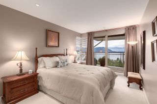 """Photo 32: 8609 SEASCAPE Place in West Vancouver: Howe Sound 1/2 Duplex for sale in """"Seascapes"""" : MLS®# R2528203"""