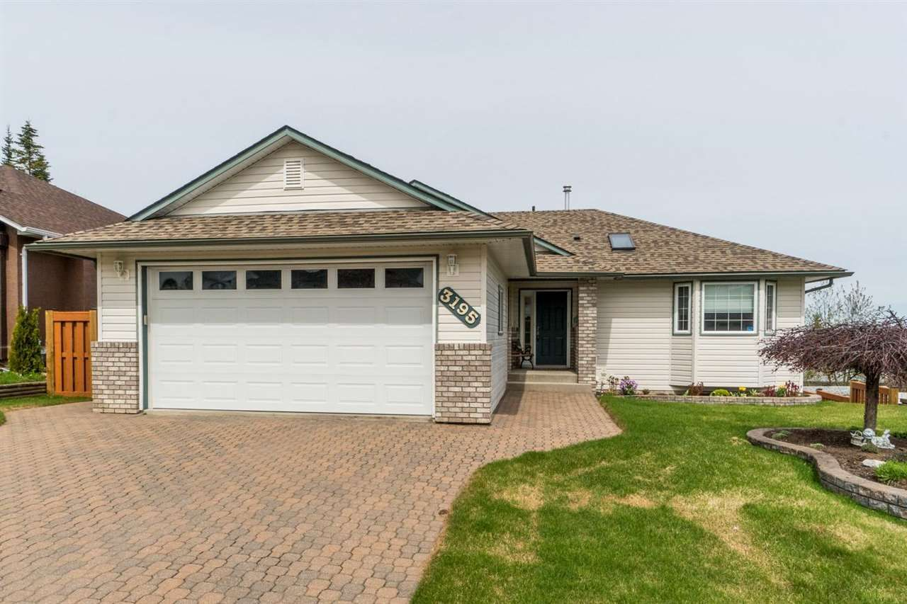 """Main Photo: 3195 VISTA VIEW Road in Prince George: St. Lawrence Heights House for sale in """"Vista Ridge"""" (PG City South (Zone 74))  : MLS®# R2576727"""