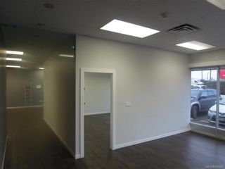 Photo 4: K 3388 Douglas St in : SW Rudd Park Commercial Lease for lease (Saanich West)  : MLS®# 830595