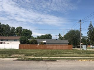 Photo 2: 687 Tupper Street N in Portage la Prairie: Vacant Land for sale : MLS®# 1917602