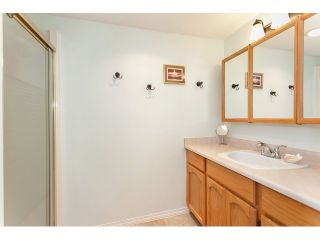 """Photo 13: 102 5375 205 Street in Langley: Langley City Condo for sale in """"GLENMONT PARK"""" : MLS®# R2053882"""