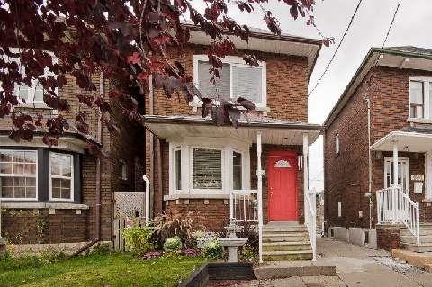 Main Photo: 492 Caledonia Road in Toronto: Caledonia-Fairbank House (2-Storey) for lease (Toronto W03)  : MLS®# W3071366