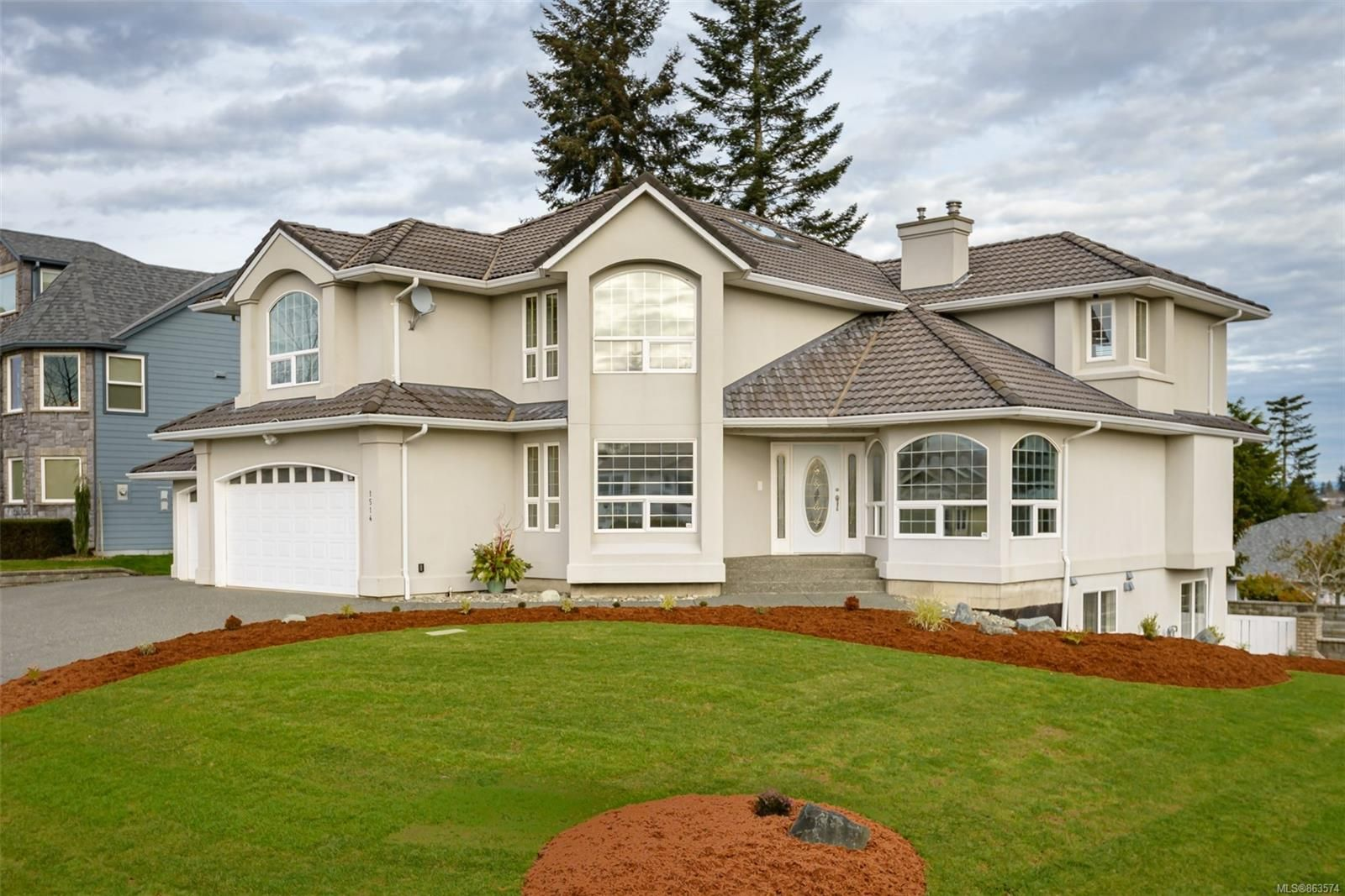 Main Photo: 1514 Trumpeter Cres in : CV Courtenay East House for sale (Comox Valley)  : MLS®# 863574