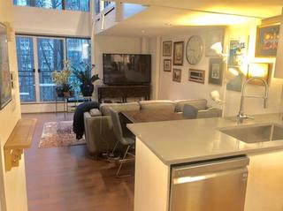 Photo 2: 417 22 E Cordova in Vancouver: Downtown VE Condo for sale (Vancouver East)  : MLS®# R2327396