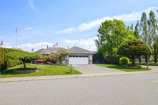 Photo 2: 3328 196A Street in Langley: Brookswood Langley House for sale : MLS®# R2579516