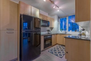 "Photo 9: 1004 1155 SEYMOUR Street in Vancouver: Downtown VW Condo for sale in ""BRAVA"" (Vancouver West)  : MLS®# R2327629"
