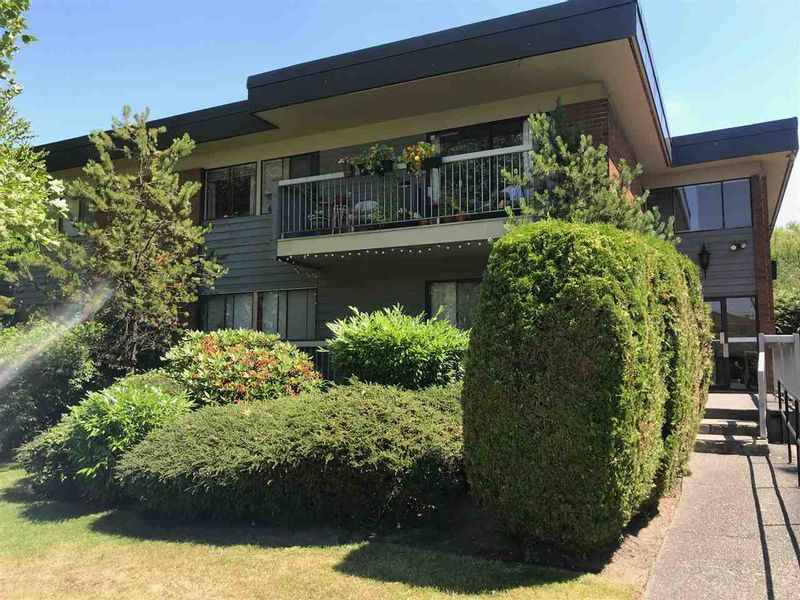 FEATURED LISTING: 204 - 2600 49TH Street East Vancouver