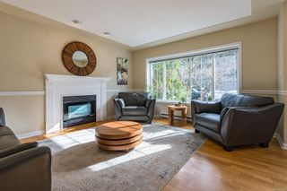 Photo 2: 1574 Mulberry Lane in : CV Comox (Town of) House for sale (Comox Valley)  : MLS®# 866992
