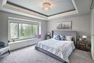 Photo 21: 430 Sierra Madre Court SW in Calgary: Signal Hill Detached for sale : MLS®# A1100260