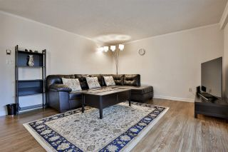 """Photo 5: 303 10680 151A Street in Surrey: Guildford Condo for sale in """"Lincoln's Hill"""" (North Surrey)  : MLS®# R2438451"""