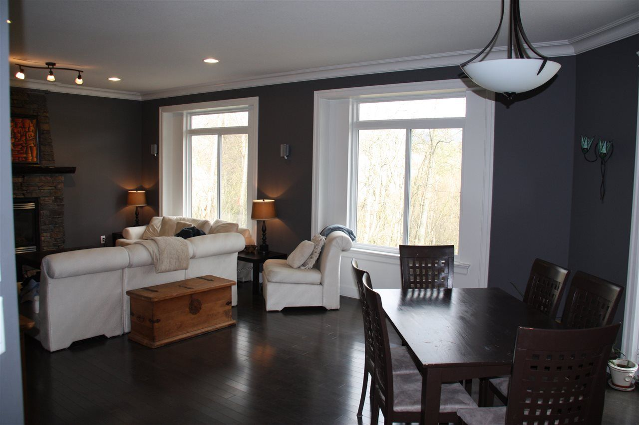 """Photo 10: Photos: 3998 CAVES Court in Abbotsford: Abbotsford East House for sale in """"SANDY HILL"""" : MLS®# R2222568"""