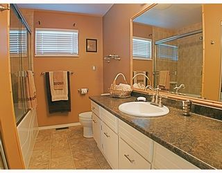 Photo 8: 3 3397 HASTINGS Street in Port_Coquitlam: Woodland Acres PQ Townhouse for sale (Port Coquitlam)  : MLS®# V778540