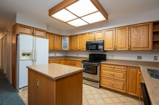 Photo 4: 6 553 N Island Hwy in : CR Campbell River North Condo for sale (Campbell River)  : MLS®# 863183