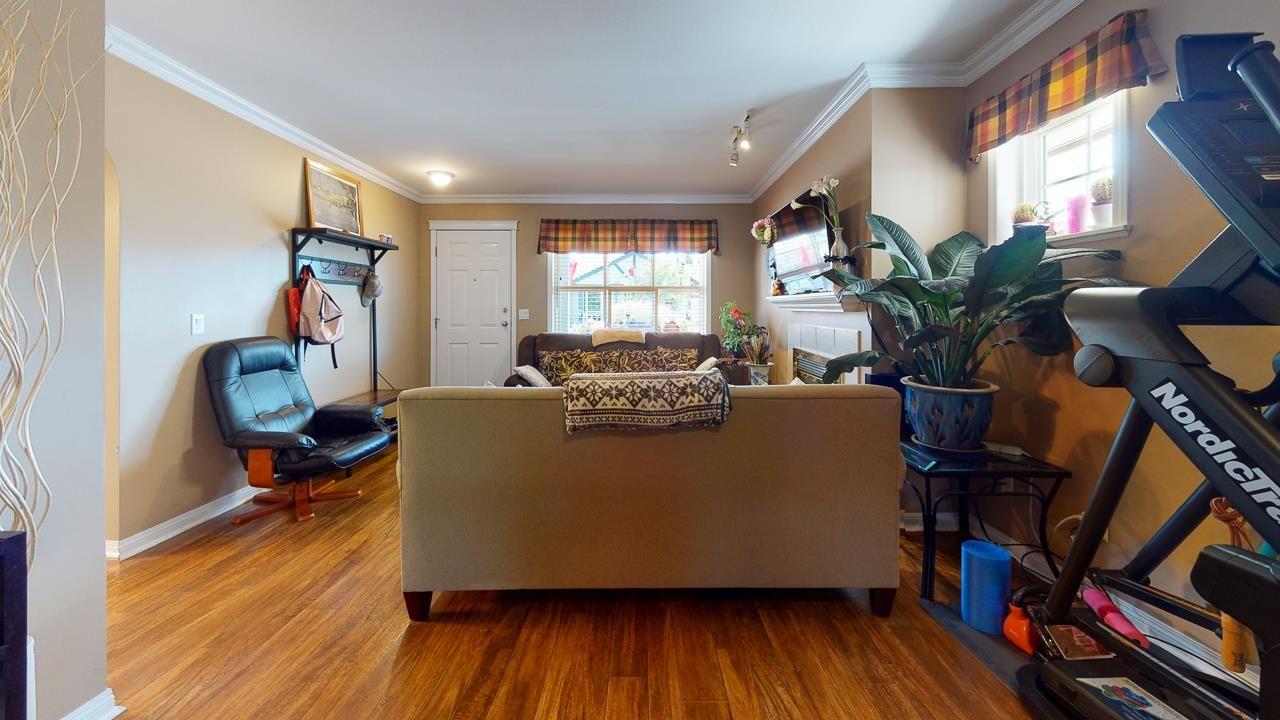 Photo 13: Photos: 5682 CASCADE Crescent in Sechelt: Sechelt District House for sale (Sunshine Coast)  : MLS®# R2488807