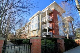 """Photo 1: 417 12283 224 Street in Maple Ridge: West Central Condo for sale in """"THE MAXX"""" : MLS®# R2436038"""