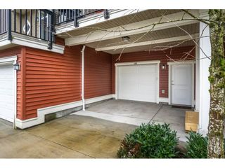"""Main Photo: 105 19505 68A Avenue in Surrey: Clayton Townhouse for sale in """"Clayton Rise"""" (Cloverdale)  : MLS®# R2565197"""