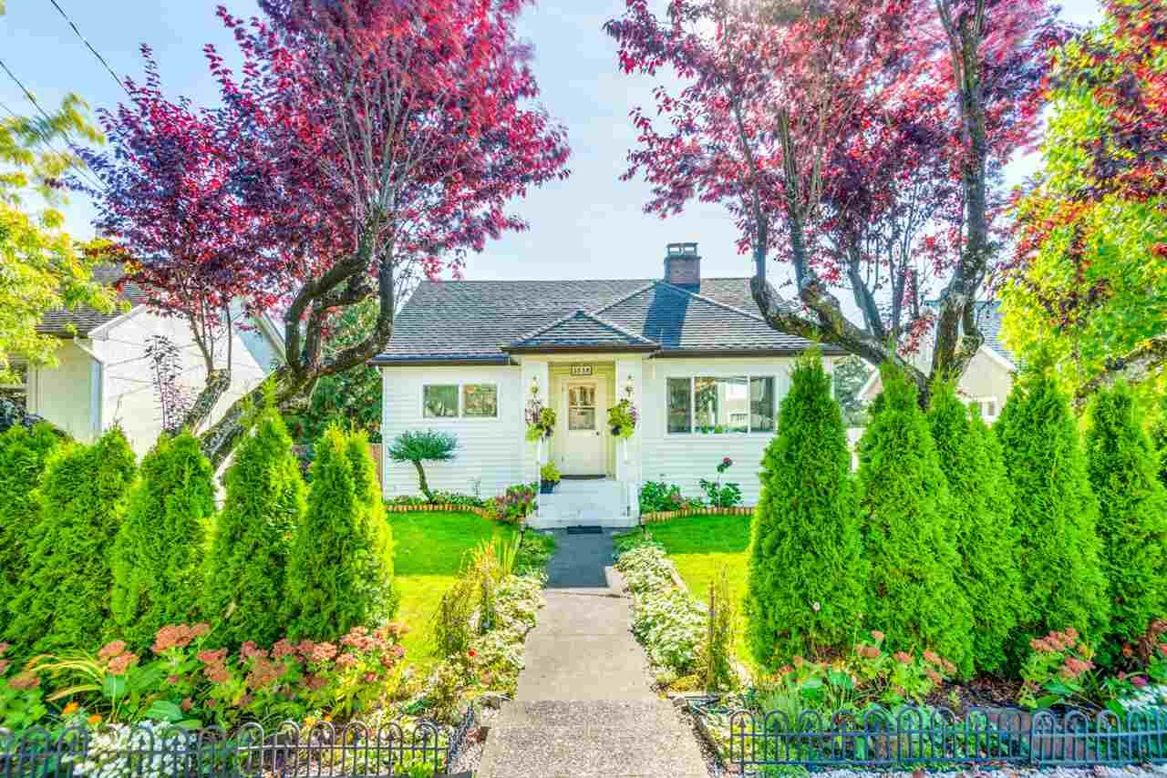 Main Photo: 2038 Eighth Avenue in Coquitlam: Connaught Heights House for sale (New Westminster)  : MLS®# R2311669