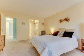 """Photo 17: 163 13888 70 Avenue in Surrey: East Newton Townhouse for sale in """"Chelsea Gardens"""" : MLS®# R2501908"""