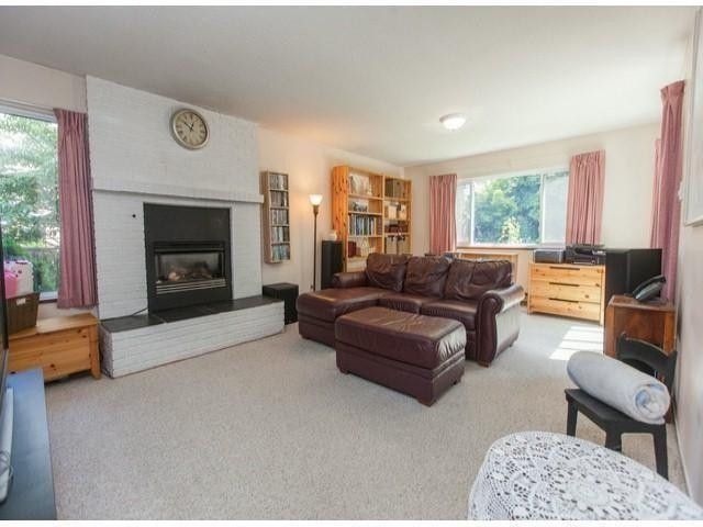 "Photo 10: Photos: 6754 NICHOLSON Road in Delta: Sunshine Hills Woods House for sale in ""Sunshine Hills"" (N. Delta)  : MLS®# F1316494"