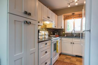 Photo 4: 3383 LAUREL CRESCENT in Trail: House for sale : MLS®# 2460966