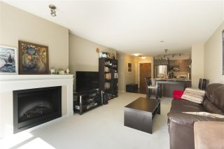 """Photo 8: 302 3105 LINCOLN Avenue in Coquitlam: New Horizons Condo for sale in """"WINDSOR GATE BY POLYGON"""" : MLS®# R2154112"""
