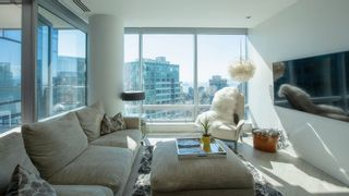 """Photo 2: 3101 1111 ALBERNI Street in Vancouver: West End VW Condo for sale in """"Shangri-La"""" (Vancouver West)  : MLS®# R2618015"""