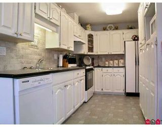 "Photo 2: 9 35035 MORGAN WY in Abbotsford: Abbotsford East Townhouse for sale in ""Ledgeview Estates"" : MLS®# F2615836"