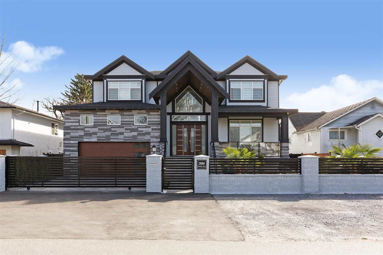 Main Photo: 1980 GRANT Avenue in Port Coquitlam: Glenwood PQ House for sale : MLS®# R2557793