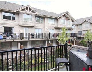 """Photo 10: 24 5388 201A Street in Langley: Langley City Townhouse for sale in """"THE COURTYARD"""" : MLS®# F2812450"""