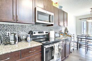Photo 5: 1407 26 Avenue in Edmonton: Zone 30 House Half Duplex for sale : MLS®# E4254589